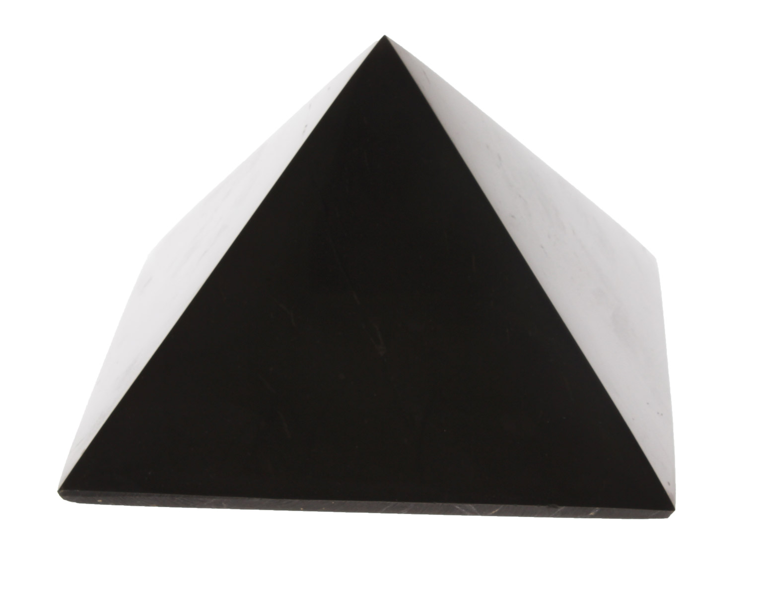 piramide in shungite